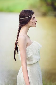 Love this shot & the feathers in her hair! Meadowfest, a shoot for Festival Brides by @Jason Morgan PHOTOGRAPHY