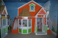 Girls loft bed and play house combo. Way cute by  www.SweetDreamBed.com