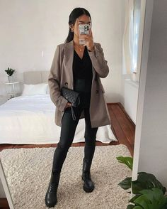 Business Casual Outfits, Trendy Outfits, Cute Outfits, Fashion Outfits, Womens Fashion, Style Fashion, Fall Winter Outfits, Autumn Winter Fashion, Spring Outfits