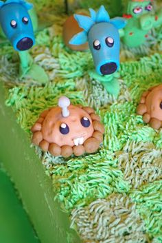 Within the Kitchen: Plants vs Zombies Birthday Party