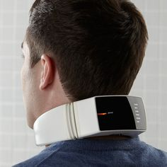 This Wireless Neck Massager allows you to get a daily neck massage. Featuring 4 automatic massage modes and 6 manual options, the neck massager offfers a variety. Gadgets Geek, Gadgets And Gizmos, Cool Gadgets, Electronics Gadgets, Cool Technology, Wearable Technology, Technology Gadgets, Technology Humor, Technology Design
