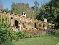Take a Look Inside Carrie Fisher's Spanish-Style Residence in Beverly Hills Photos | Architectural Digest