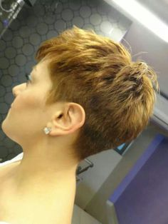 Short hairstyle - New Site Short Pixie Haircuts, Cute Hairstyles For Short Hair, Short Hair Cuts For Women, Short Hair Styles, Super Short Hair, Short Grey Hair, Hair Today, Hair Beauty, Pixie Cuts