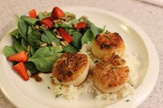 whiskey glazed sea scallops, pan seared sea scallops | eat drink and save money blog