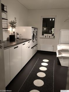 Small Laundry Rooms, Laundry Room Design, Laundry Room Inspiration, Tiny House Trailer, Laundry Room Organization, Aesthetic Rooms, Küchen Design, Modern Room, Home And Living