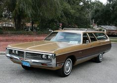 1972 Chrysler Town and Country Wagon | MJC Classic Cars | Pristine Classic Cars For Sale - Locator Service