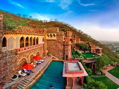 5 of the most spectacular hotels in India