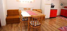 Ubytovanie Svit - Vysoké Tatry ubytovanie v súkromí, privát   www.ubytovaniesvit.sk Table, Furniture, Home Decor, Decoration Home, Room Decor, Tables, Home Furnishings, Home Interior Design, Desk