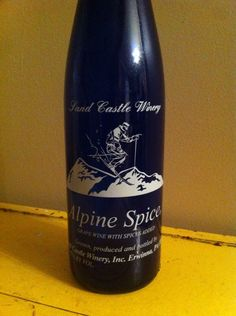 Alpine Spice - Sand Castle Winery Inc Erwinna PA - Grape wine with spices added - Alc. 7% by vol.