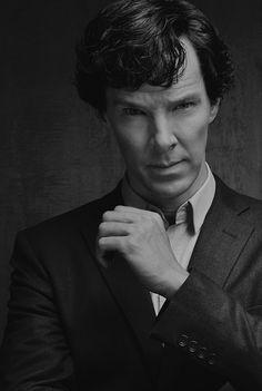 SHERLOCK (BBC) ~ promo photo of Benedict Cumberbatch as Sherlock Holmes.i died.the sexiness Sherlock John, Bbc Sherlock Holmes, Sherlock Series, Sherlock Holmes Benedict Cumberbatch, Sherlock Season, Watson Sherlock, Jim Moriarty, Sherlock Quotes, Martin Freeman