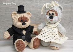 Crochet Wedding Bears Pattern