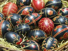 33 pics - Easter is just around the corner, and one of the popular ways to celebrate is by decorating Easter eggs in various manners, and then to display them prominently for the world to see.