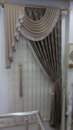 Trends you need to know swags and tails curtain treatment 10 - Curtains Elegant Curtains, Beautiful Curtains, Modern Curtains, Swag Curtains, Home Curtains, Window Curtains, Curtain Valances, Drapery Panels, Window Coverings