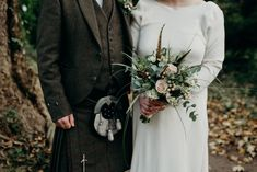 wedding floral with feathers Flower Bouquet Wedding, Floral Wedding, Wedding Day, Alternative Photography, Feathers, Florals, Celebrities, Pi Day Wedding, Floral