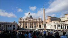 Ciutat del Vaticà. És una ciutat-estat enclavada a la ciutat de Roma. És un dels microestat europeus. Té una extensió de 0,439 km² i una població d'aproximadament 900 habitants.Va ser creat pels feixistes italians el 1929.