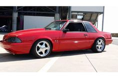 Mark Archila says his 1991 Fox coupe doesn't get out much Photo & Image Gallery Ford Mustang Shelby Cobra, Mustang Girl, Fox Body Mustang, Ford Mustang Coupe, Mustang Horses, Notchback Mustang, Mustang Restoration, Classic Mustang, Pony Car