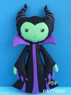 PDF sewing pattern to make a felt doll inspired in by Kosucas, €4.00