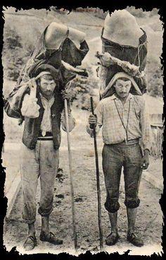 Cartes postales des métiers anciens  porteurs de glace