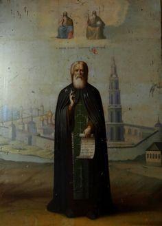 Калязинский краеведческий музей был создан в 1920 году на территории Макарьевской обители. Основателем музея и его директором был Иван Фёдорович Никольский (189