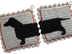 Teckel hond sierpotten. Gehaakte pannenlappen met door hooknsaw