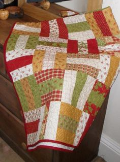 Patchwork Quilt Pattern Jelly Roll or Fat Quarters Quick . Strip Quilts, Easy Quilts, Quilt Blocks, Quilting Tutorials, Quilting Projects, Quilting Designs, Quilting Ideas, Jelly Roll Quilt Patterns, Quilt Patterns Free
