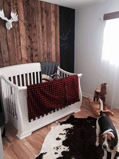 Bois dans chambre de bébé !!! ❤️