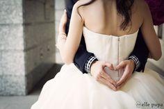 旧居留地一周の旅 |*ウェディングフォト elle pupa blog*|Ameba (アメーバ) Wedding Images, Wedding Pictures, Wedding Styles, Wedding Photography Inspiration, Wedding Inspiration, Bridal Photoshoot, Wedding Welcome, Love Photos, Couple Posing