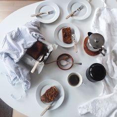 Midweek pleasure / Happy hump day dear friends! by earlymorningheart