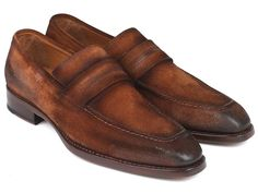 Latest from Paul Parkman: Paul Parkman Luxury Handmade Shoes Men's Brown Antique Suede Goodyear Welted Loafers Material:Antiqued Suede Black Suede Loafers, Suede Leather, Loafers Men, Brown Suede, Coronado Leather, Mens Designer Loafers, High End Shoes, Driving Loafers, Designer Clothes For Men