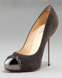 these are cute, don't know if I could do that high of a heel :/