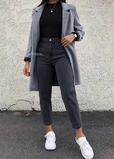 Outfit Jeans, Black Mom Jeans Outfit, Jeans Outfit Winter, Winter Mode Outfits, Cute Winter Outfits, Winter Fashion Outfits, Look Fashion, Autumn Fashion, Outfits With Mom Jeans