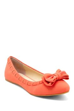 Pointed Toe Bow Flat in Coral.