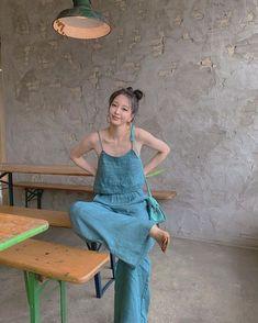 Han Ye Seul, Song Hye Kyo, Korean Street Fashion, Korean Celebrities, Korean Actresses, Korean Beauty, Girl Photos, Cute Girls, Idol