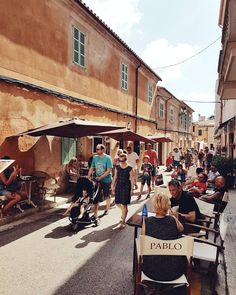 Heute ist wieder Markt in Santanyi! mallorcamomente mallorca santanyi markthellip