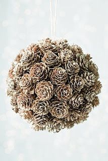 Pinecone decor! Love the natural feel