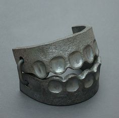 Sophie HANAGARTH, Trap, Hand-Forged Pure Iron Bracelet, 2013