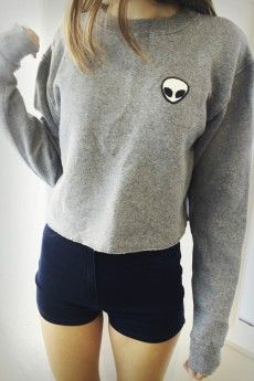 New Style Women Short T shirt Alien Patch Embroidery Cropped Sweatshirt 2016 Fashion Spring Autumn Cotton Long Sleeve Tops Blusa(China (Mainland)) Look Fashion, Teen Fashion, Womens Fashion, Fashion Killa, Fashion Spring, Cooler Style, Moda Outfits, Inspiration Mode, Pullover