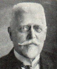 Johann Schober (* 14. November 1874 in Perg, Oberösterreich; † 19. August 1932 in Baden bei Wien, Niederösterreich) war ein österreichischer Beamter, Politiker, Außenminister und Bundeskanzler. November, History, Art, Politicians, Bathing, Craft Art, Kunst, Historia, Gcse Art