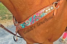 Kahlis Creations - Custom Painted Breast Collar - Unique Horse Tack- coolest breast collar ever! Horse Gear, My Horse, Horse Love, Cute Horses, Pretty Horses, Beautiful Horses, Motifs Aztèques, Barrel Racing Horses, Barrel Saddle