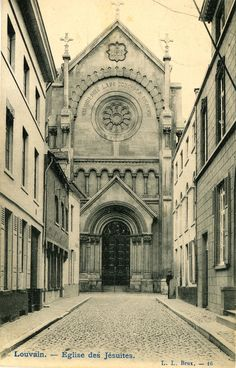 Leuven, kerk van Jezuïeten in de Minderbroedersstraat (tegenover de Waaistraat, afgebroken in de jaren 60 begin 70)