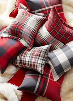 New Sewing Pillows Cover Pottery Barn Ideas Christmas Bedroom, Christmas Home, Cabin Christmas Decor, Buffalo Plaid Christmas Ornaments, Tartan Christmas, Cottage Christmas, Country Christmas, All Things Christmas, White Christmas