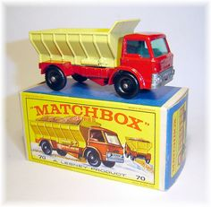 Matchbox 70b Ford Grit Spreader Truck (1966)