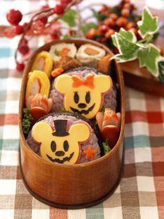 Kawaii Mickey and minnie mouse Halloween bento