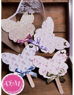 Pai pai con forma de mariposa y estampados de flores vintage. Pai pai para boda y comunión , con o sin lazo.