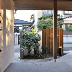 庭屋一如の通り土間の家「金衛町の家」 | オーガニックスタジオ新潟 Pergola, Outdoor Structures, Studio, Home Decor, Homemade Home Decor, Outdoor Pergola, Studios, Interior Design, Home Interiors
