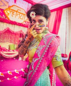 A Bride's guide to the Perfect-Wedding-Sunglasses. Mehendi Photography, Balloons Photography, Indian Wedding Photography, Girl Photography Poses, Couple Photoshoot Poses, Pre Wedding Photoshoot, Wedding Shoot, Wedding Ideas, Wedding Makeup