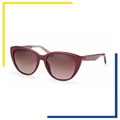 01ac807ef Os óculos de gatinho invadiram os desfiles e vitrines das óticas. Adquira  já o seu