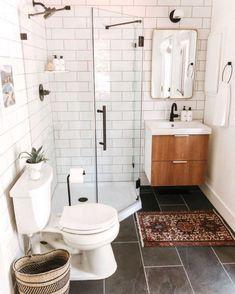 Minimalist Bathroom Inspiration, Minimalist Bathroom Design, Simple Bathroom Designs, Minimalist Small Bathrooms, Minimalist Design, Small Space Bathroom, Bathroom Design Small, Bathroom Interior Design, Modern Bathroom