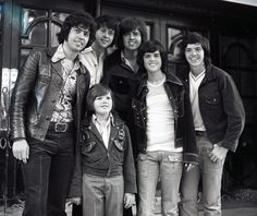 The Osmond Family Photo 96 Marie Osmond Children, Merrill Osmond, Osmond Family, The Osmonds, Donny Osmond, Family Boards, Black And White Pictures, Favorite Person, Puppy Love