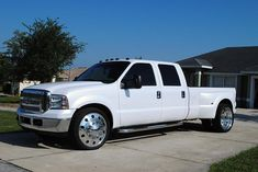 Ford Dually on 24 rim | Show Trucks Classifieds